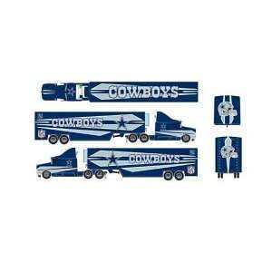 Dallas Cowboys NFL 187 Scale Tractor Trailer Sports