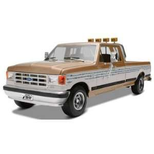 Monogram 1/24 Ford F 250 Pickup Truck Model Kit Toys & Games