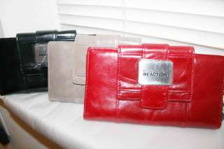 New Kenneth Cole Genuine Leather Clutch Wallet Silver Medallion