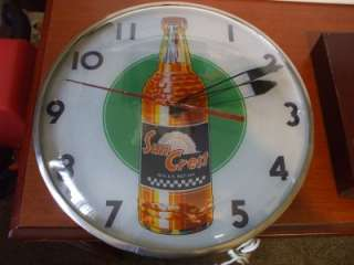 Vintage SUNCREST Sun Crest Soda Pop Lighted Clock