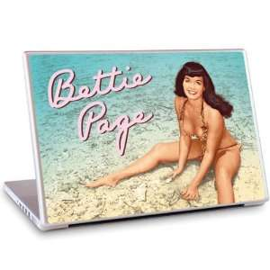 com GelaSkins Bettie Page Beach For 13.3 Mac & 13.3/14.1 PC Laptop