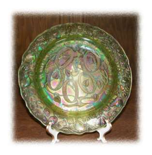 1974 Imperial Green Carnival Glass Christmas Plate